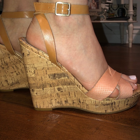 Sam And Libby Kelly Wedge Sandals